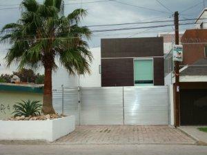 Vendo casa minimalista celaya celaya clasificados for Casa minimalista 90m2